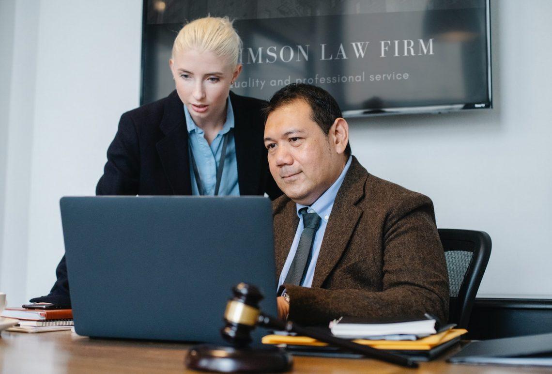 В каких случаях стоит обратиться к семейному юристу?